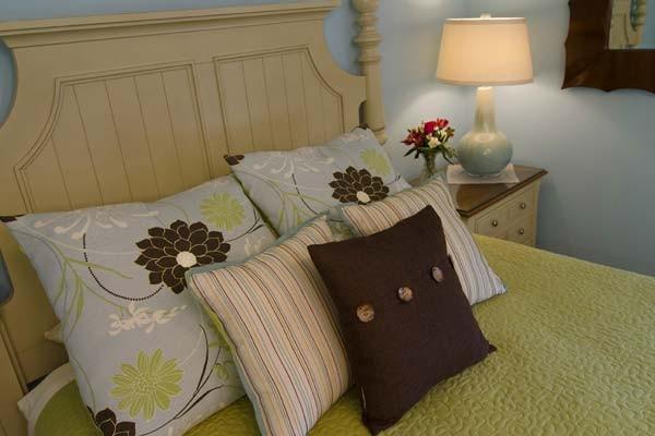 room-ella2