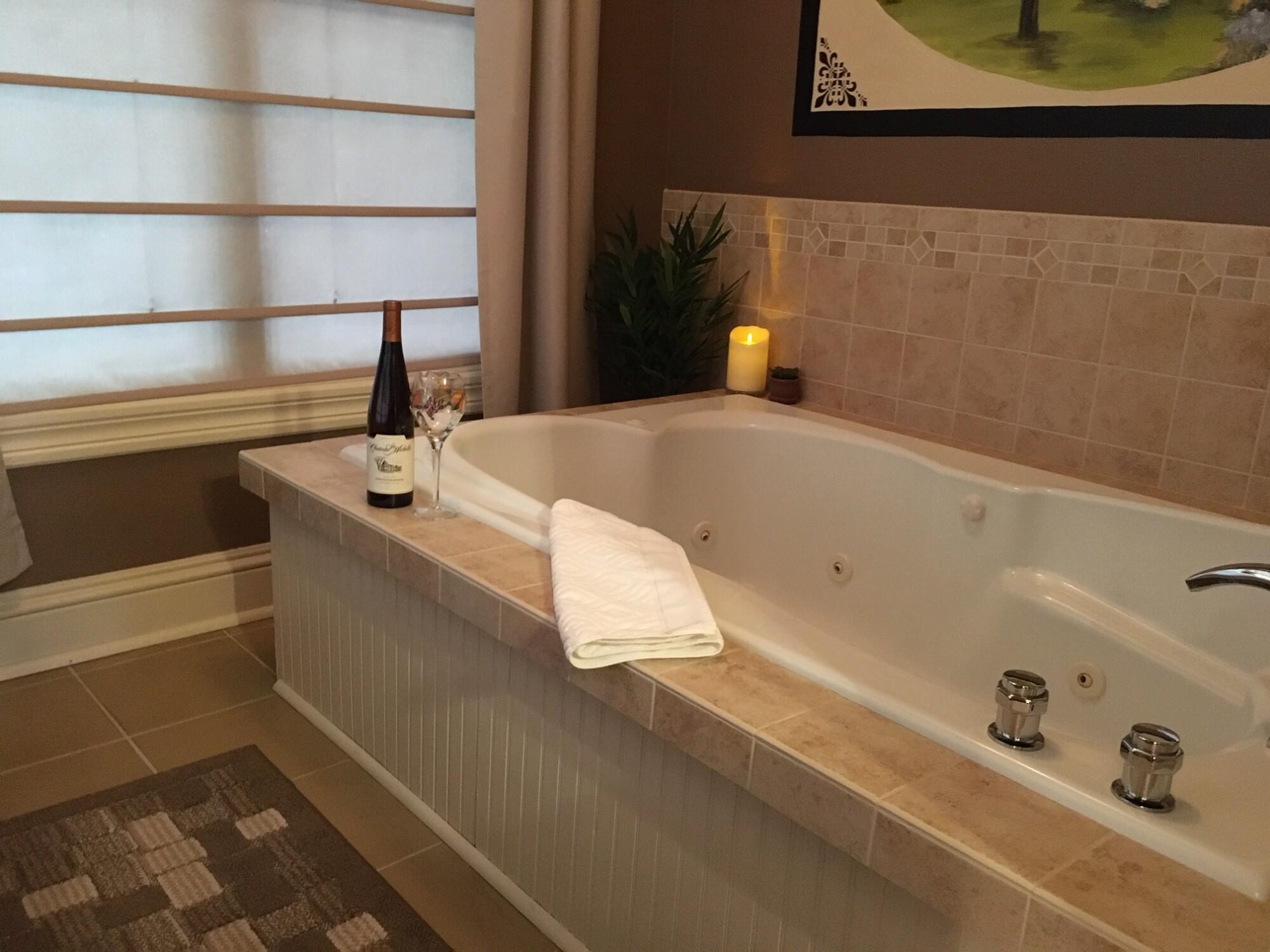 Lily's Tub Room